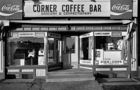 1977 Corner Confectionary - 25th Street and 3rd Ave, Saskatoon, SK